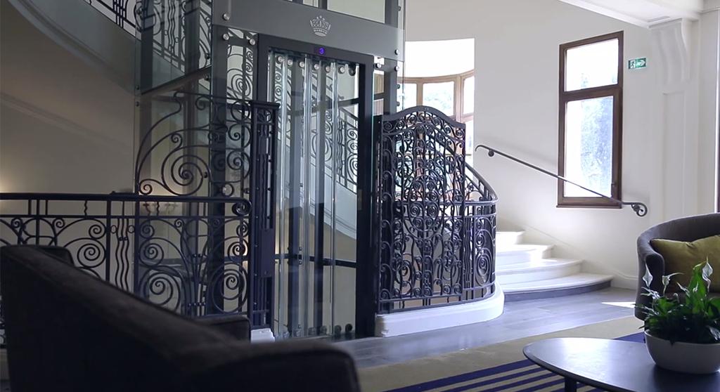 Dimension Ascenseur Hotel : Ascenseur de l hôtel royal evian menetrey lift